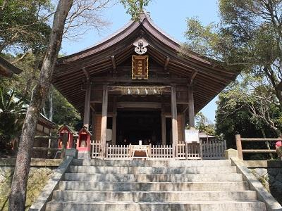 志賀海神社拝殿.jpg